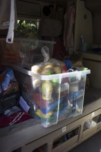 Sämtliche Nahrungsmittel wanderten in eine maussichere Box... Praktisch ist was anderes ;-)