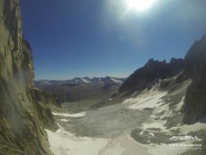 Wilde Ausblicke aus der Galengratverschneidung auf den Gletscher.