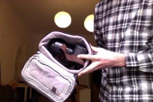 Alex von Fuxografie transportiert seine Kamera am Berg ganz einfach im Rucksack.