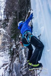 Übung macht den Meister - auch beim Eisklettern.