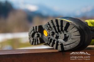 Ausgeprägtes Schuhprofil bei dem Latok von Lowa. Natürlich mit Vibram-Sohle.