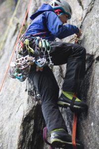 Heillos überfordert beim ersten technischen Klettern. Arcteryx Alpine Academy 2016 © Jacob Slot