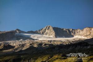 Unverkennbar: Der Südpfeiler zur Hochalmspitze.