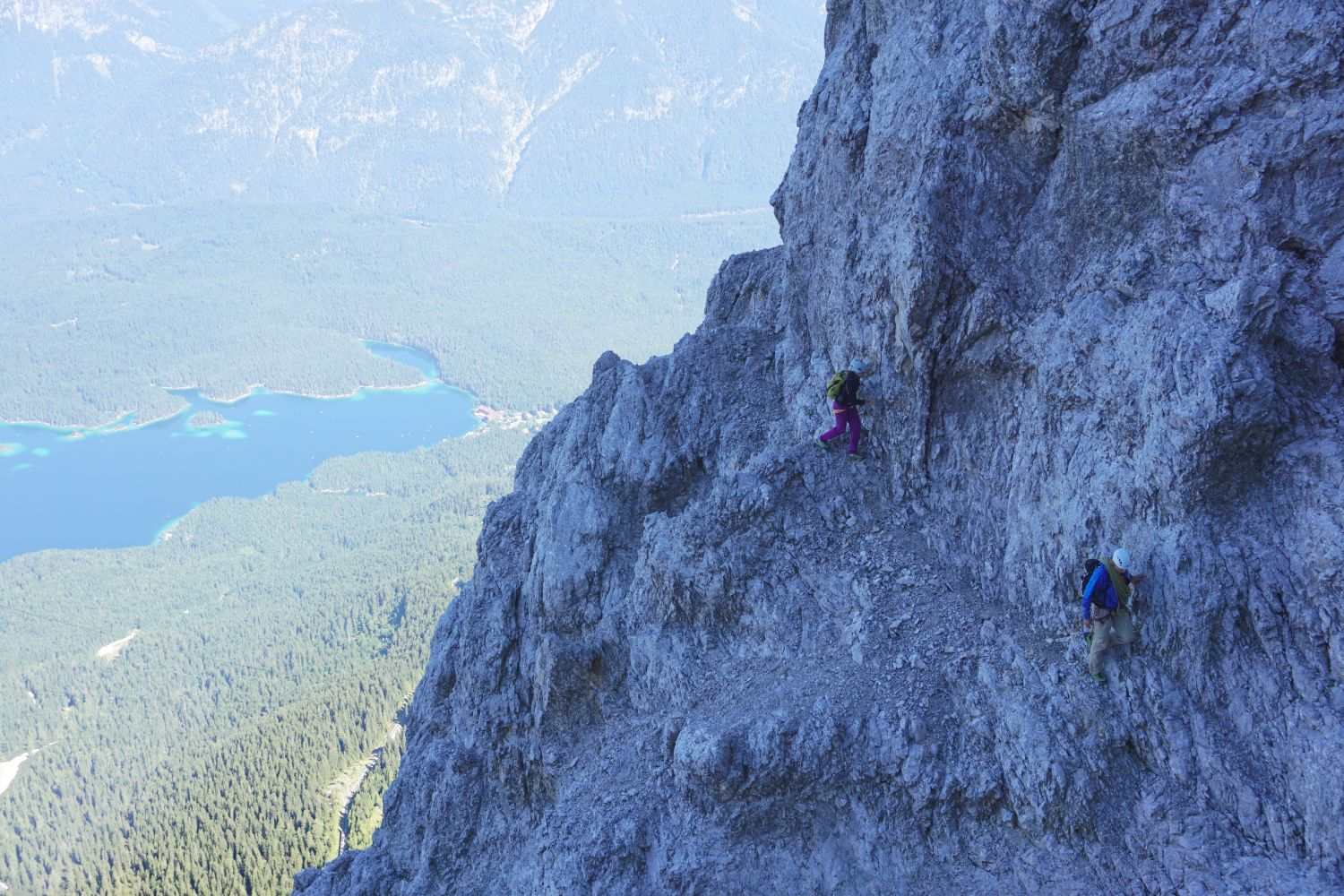 Klettersteig Eisenzeit : Klettersteig eisenzeit zugspitze nord west wand youtube