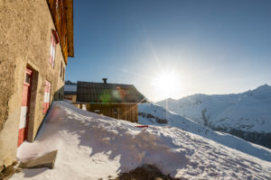 Wildspitze Vent Skitour Bresslauer Hütte Sonne Terrasse Winterraum