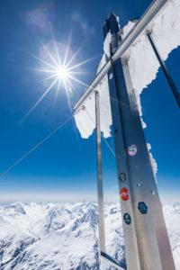 Gipfelkreuz Sonne Panorama Wildspitze