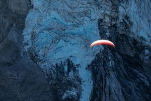 Gleitschirm Gletscher Mönch