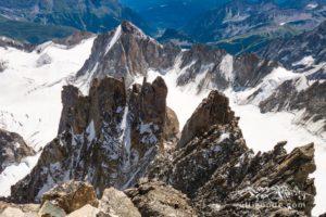 Der Teufelsgrat vom Mont Blanc du Tacul aus, im Hintergrund die Tour Ronde