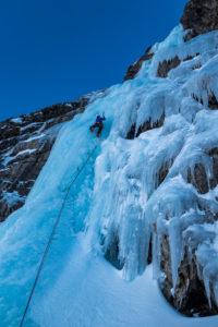 Vorstieg Eisklettern Eisschrauben Renkfälle Eisschlauch
