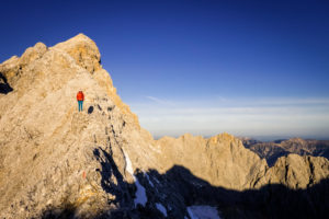 Jubiläumsgrat Stopselzieher in einem Tag von Ehrwald Tal mit Gleitschirm