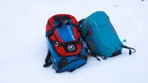 Vergleich Tour 30 und Ascent 28 Avabag von Ortovox (beides Lawinenrucksäcke)